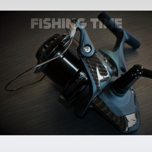 Okuma Custom Black Dark Carbon távdobó orsó